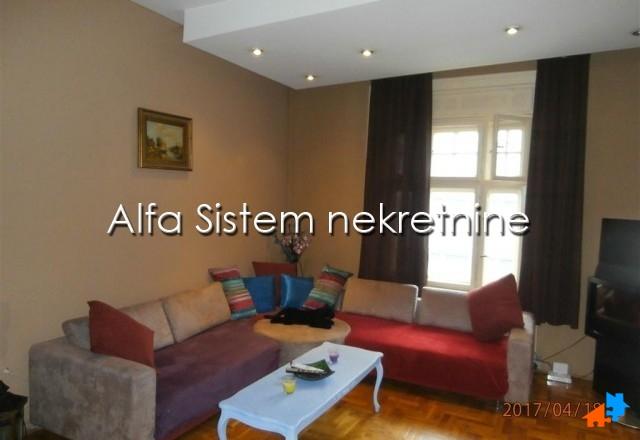 Stan Dvosoban Centar Strogi Centar 500 EUR