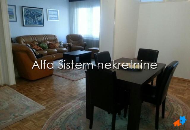 Stan Trosoban Novi Beograd Blokovi 450 EUR
