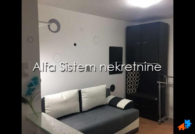 Stan Garsonjera Centar Savski Venac 300 EUR