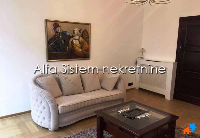Stan Trosoban Centar Strogi Centar 1300 EUR