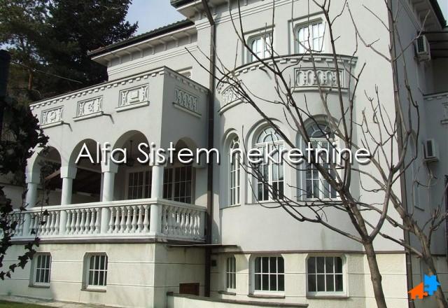 Kuća Dedinje 4600 EUR