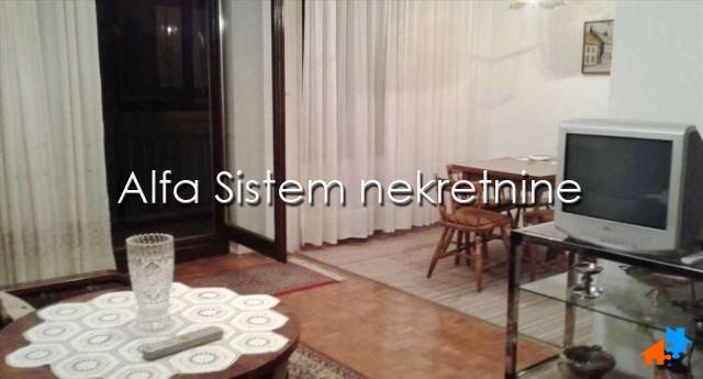 Stan Dvosoban Crveni krst 260 EUR
