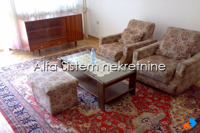 Stan Dvoiposoban Novi Beograd Sava Centar 380 EUR