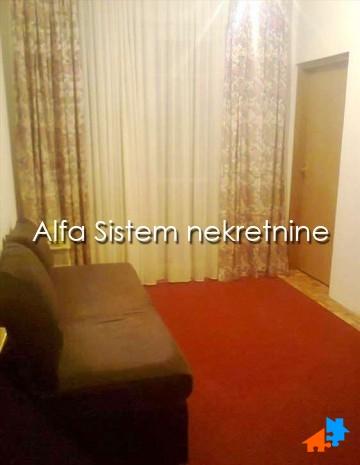 Stan Jednoiposoban Novi Beograd Blokovi 250 EUR