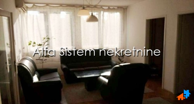 Stan Trosoban Novi Beograd Sava Centar 370 EUR