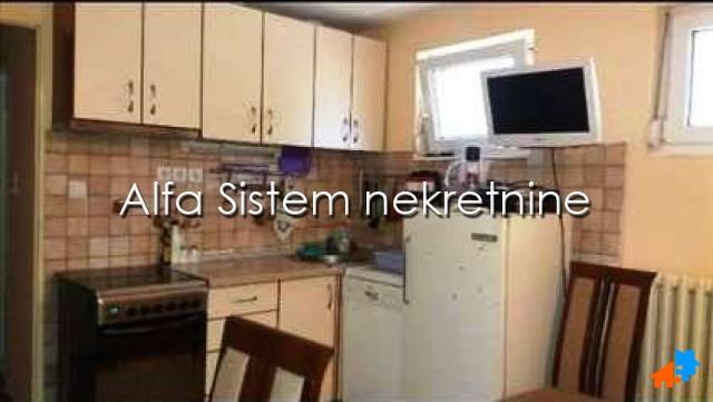 Stan Jednoiposoban Novi Beograd Sava Centar 290 EUR