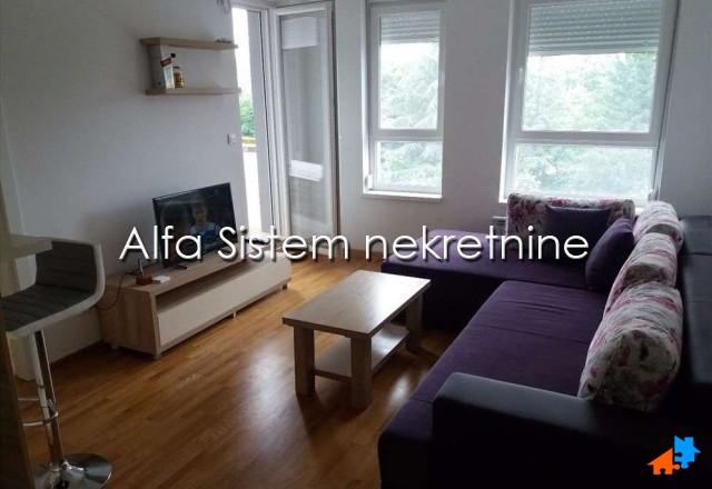 Stan Jednoiposoban Novi Beograd Blok A 300 EUR