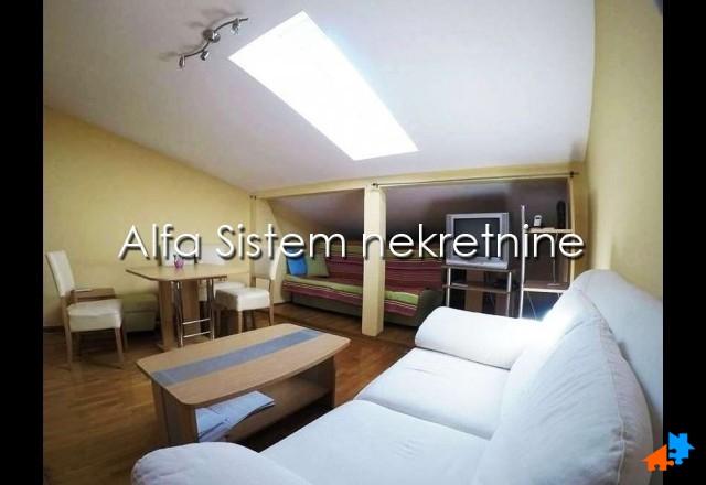Stan Dvosoban Dorćol 450 EUR