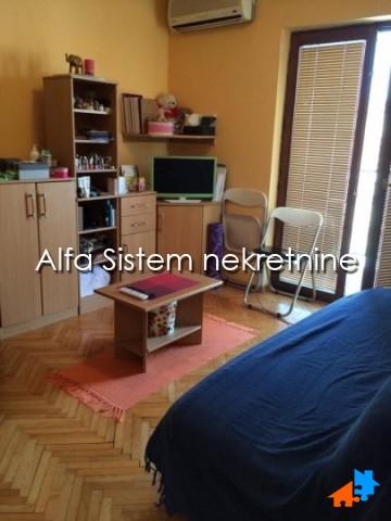 Stan Garsonjera Vračar 250 EUR