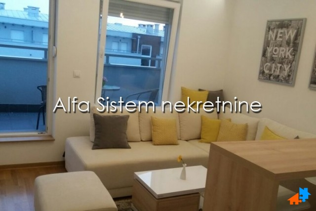 Stan Garsonjera Novi Beograd Blok A 400 EUR
