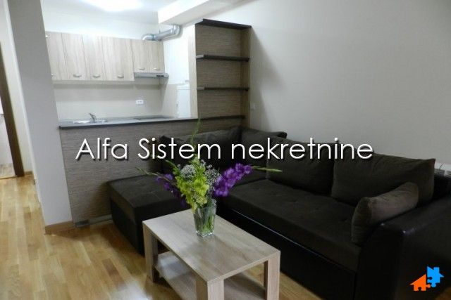 Stan Dvosoban Zvezdara 380 EUR