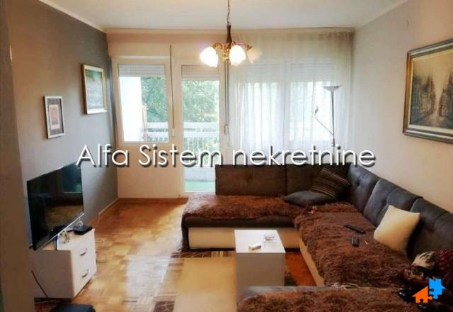 Stan Dvosoban Novi Beograd Blokovi 330 EUR