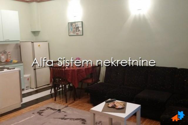 Stan Jednoiposoban Vukov Spomenik 250 EUR