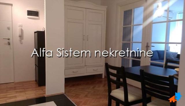 Stan Dvoiposoban Novi Beograd Fontana 450 EUR