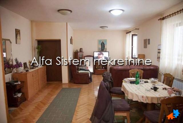 Kuća Mirijevo 2500 EUR