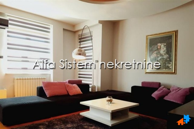 Stan Trosoban Novi Beograd Sava Centar 1650 EUR