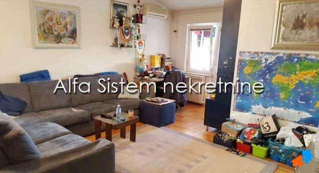 Stan Trosoban Novi Beograd Blokovi 400 EUR