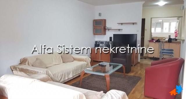 Stan Trosoban Hotel Jugoslavija 500 EUR