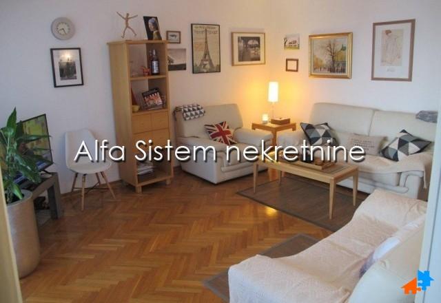 Stan Trosoban Dedinje 900 EUR