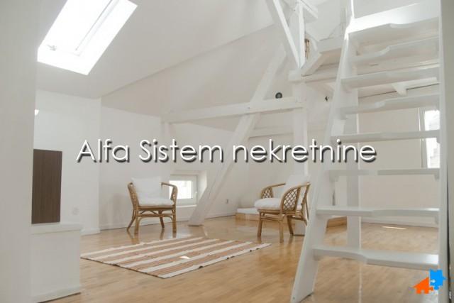 Stan Dvosoban Centar Strogi Centar 700 EUR