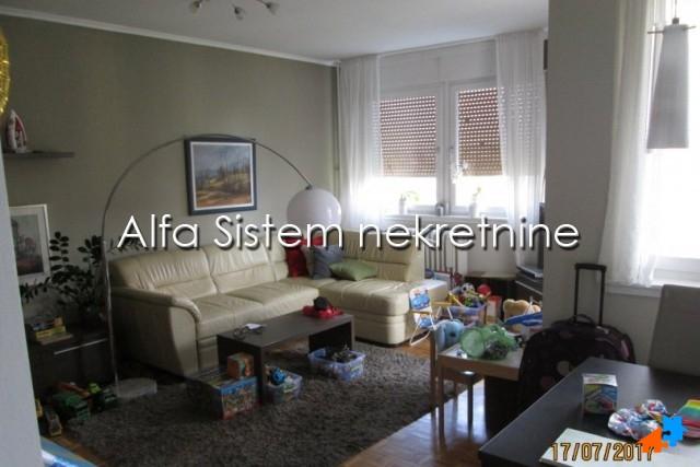 Stan Dvosoban Voždovac 310 EUR