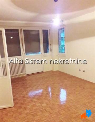 Stan Dvosoban Novi Beograd Sava Centar 300 EUR