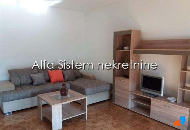 Stan Dvosoban Centar Strogi Centar 450 EUR