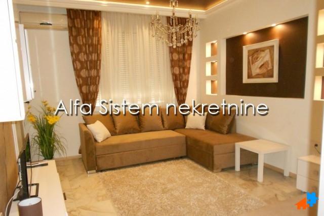 Stan Jednosoban Centar Savski Venac 350 EUR