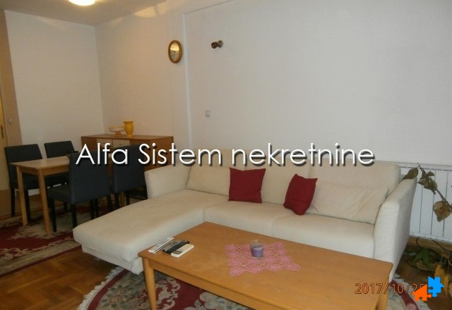 Stan Dvosoban Novi Beograd Blokovi 500 EUR