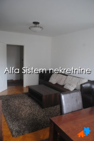 Stan Dvosoban Centar Strogi Centar 400 EUR