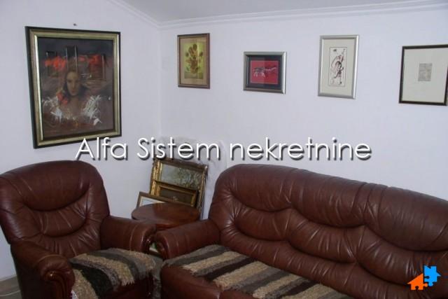 Stan Dvoiposoban Dedinje 330 EUR