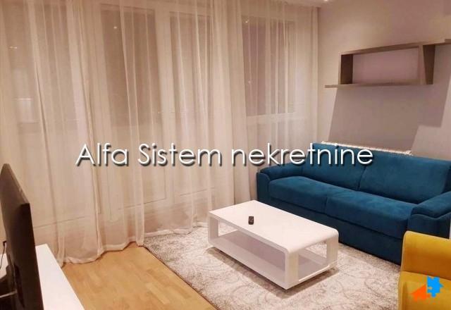 Stan Dvosoban Novi Beograd Merkator 450 EUR