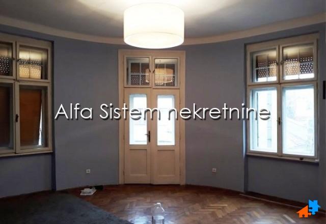 Stan Troiposoban Vračar 550 EUR