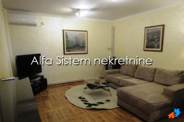 Kuća Banjica 500 EUR