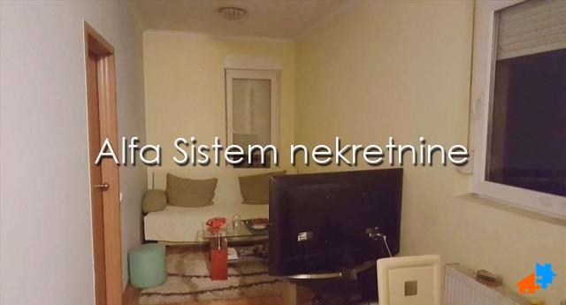 Stan Jednoiposoban Vračar 300 EUR