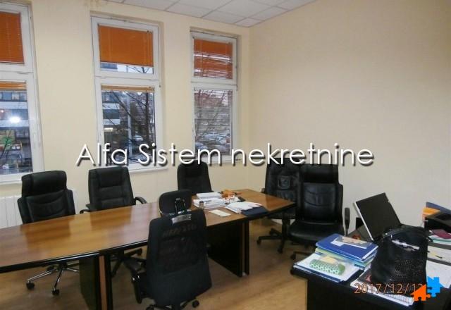Poslovni prostor Novi Beograd Blokovi 7400 EUR