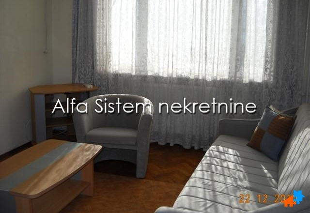 Stan Jednoiposoban Vračar 250 EUR