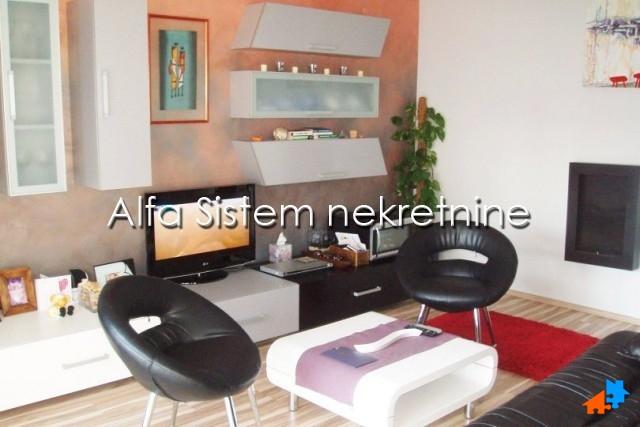 Stan Dvosoban Novi Beograd Blokovi 430 EUR