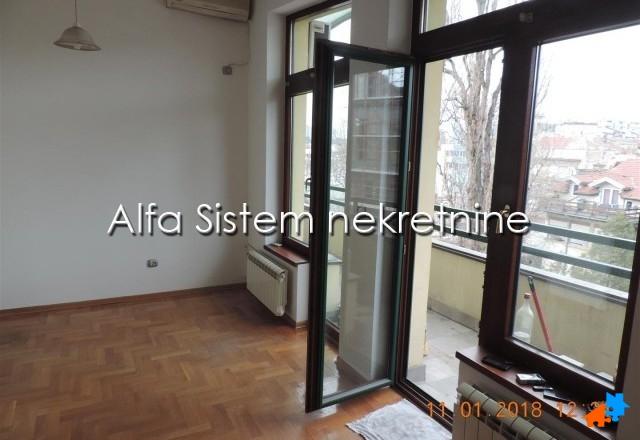 Stan Dvoiposoban Vračar 400 EUR