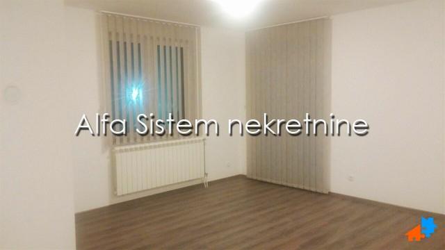 Poslovni prostor Novi Beograd Blokovi 650 EUR