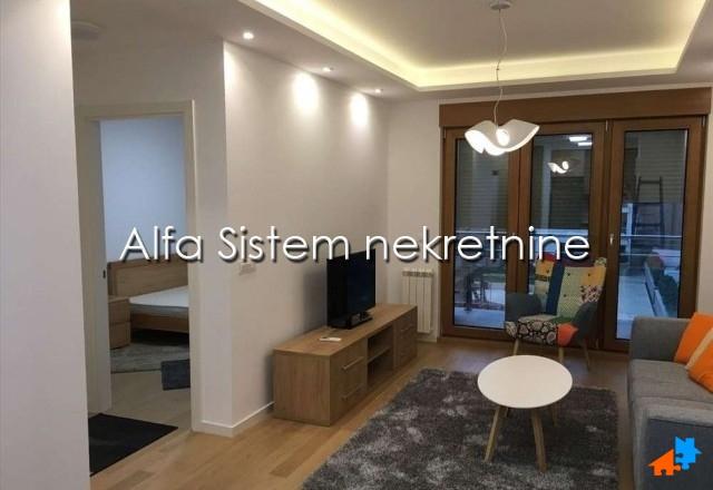 Stan Dvosoban Novi Beograd Blok A 600 EUR