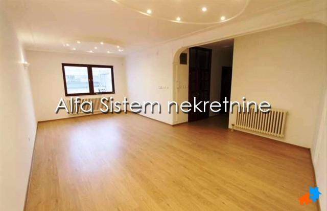 Kuća Vračar 1800 EUR