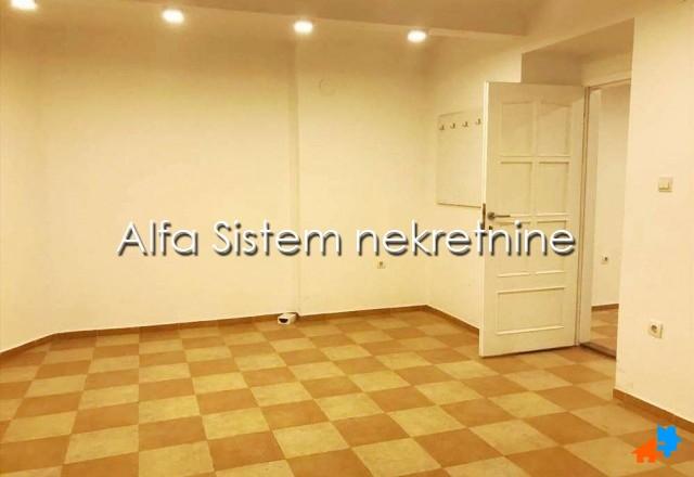 Poslovni prostor Centar Savski Venac 400 EUR