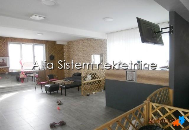 Poslovni prostor Novi Beograd Blokovi 1500 EUR
