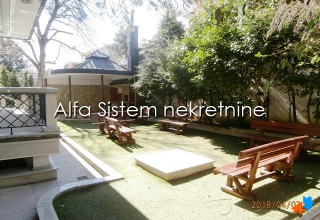 Kuća Dedinje 15000 EUR