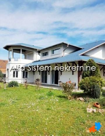 Kuća Banjica 2300 EUR