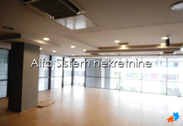 Poslovni prostor Novi Beograd Arena 6400 EUR