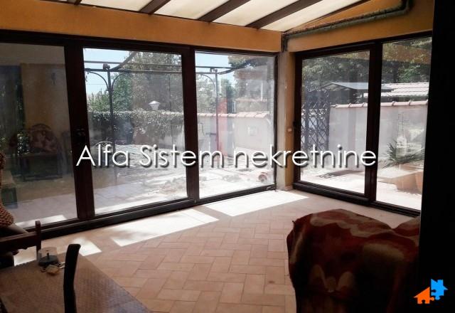 Kuća Banovo brdo 3000 EUR