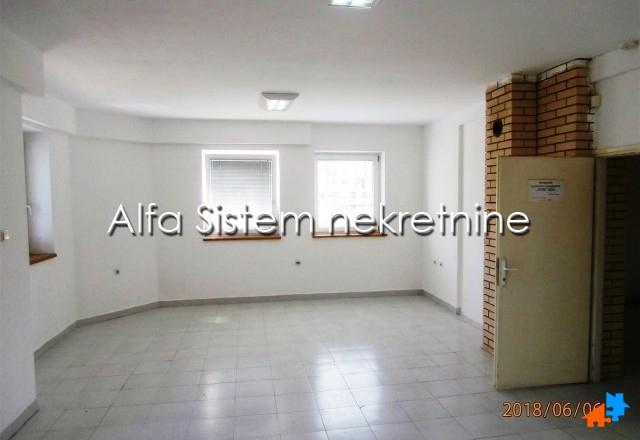 Poslovni prostor Banjica 300 EUR