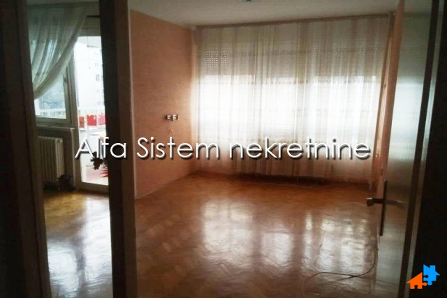 Stan , Beograd (grad) , Izdavanje   Stan Trosoban Centar Palilula 600 Eur